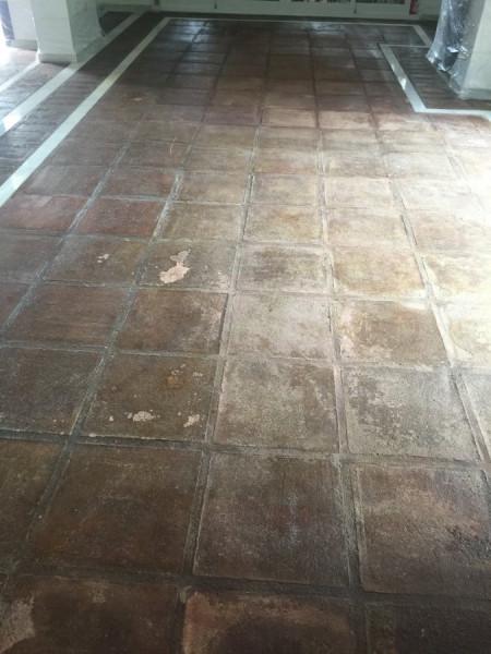 suelo de barro interior estado inicial 01