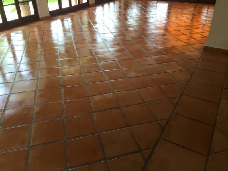 tratamiento suelo barro interior 03