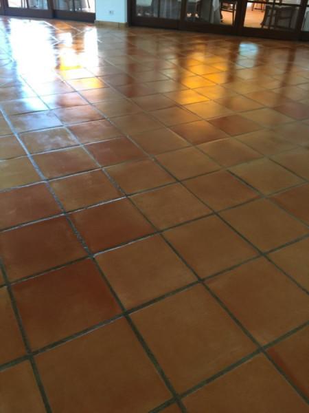 tratamiento suelo barro interior 04
