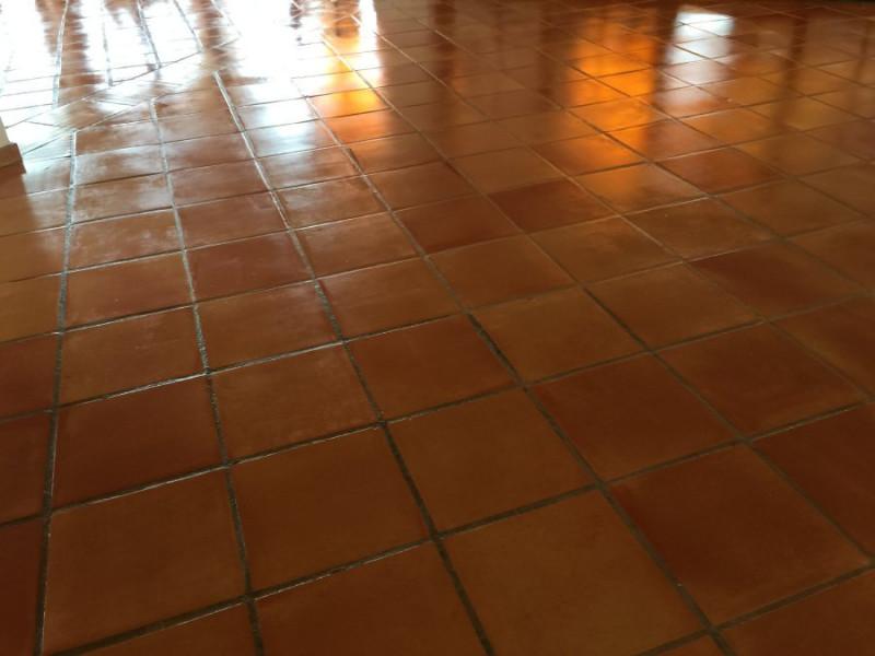 tratamiento suelo barro interior 06