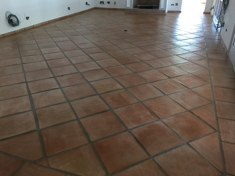 acabado satinado para suelos de barro interiores 04