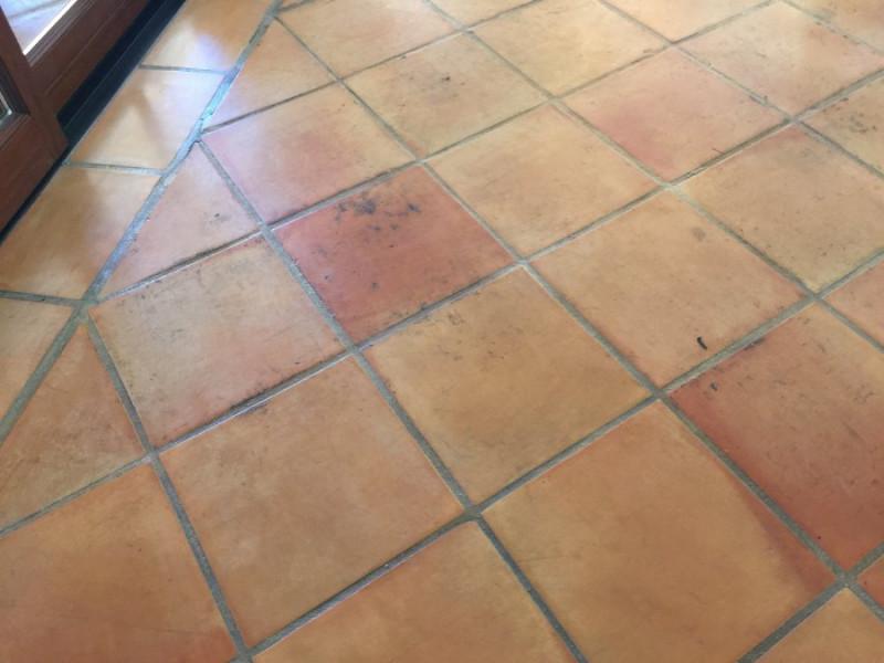 suelo barro interior estado inicial previo a decapado 04