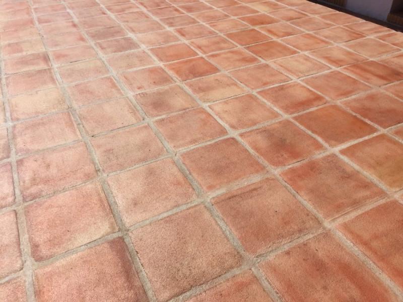 suelo barro exterior efecto mojado 01