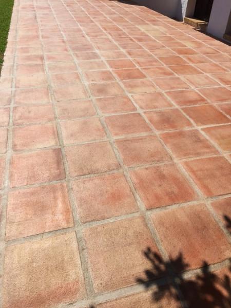 suelo barro exterior efecto mojado 02