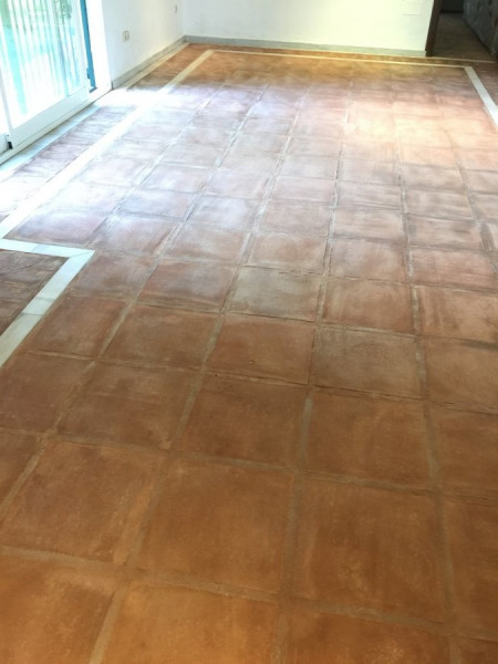 suelo de barro interior resultado tras decapado 03