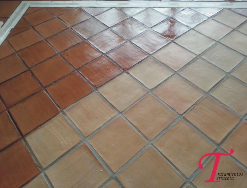 tratamiento suelo barro interior acabado efecto cuero 01