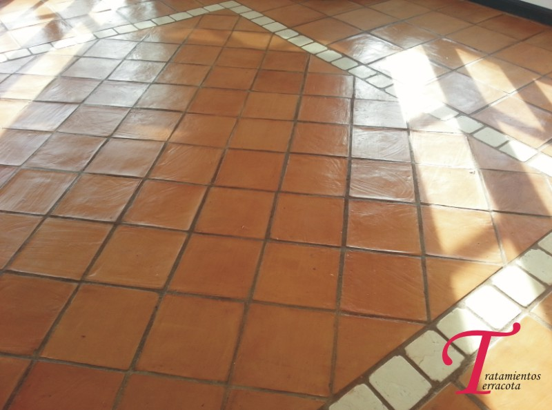 tratamiento suelo barro interior acabado efecto cuero 02