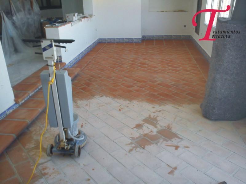 suelos de barro como limpiar