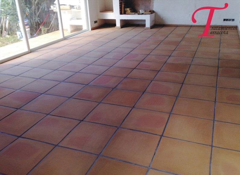 tratamiento suelo barro interior acabado satinado 03